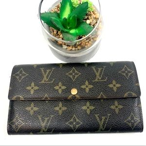 Authentic Louis Vuitton Sarah Billfold/Wallet Long